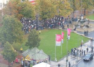Luftaufnahme der Demo auf dem Wittenbergplatz