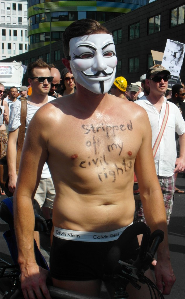 Abb. 18: StopWatchingUs Demo Berlin 2013 — Stripped of my civil rights.