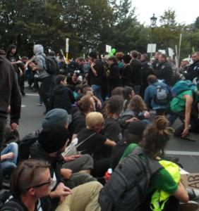 """Sitzblockade beim """"Marsch für das Leben""""."""